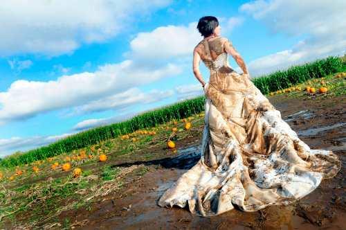 Грязный свадебный наряд