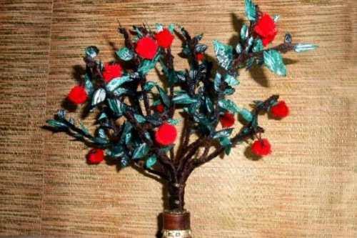 Декоративная яблонька