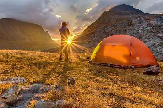 палатка на природе