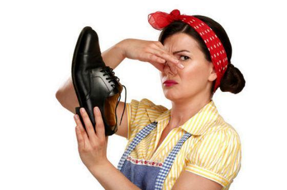 неприятный запах из туфель